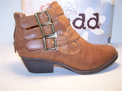 mudd boots mudd wallflower womens shoes ankle boots cognac brown