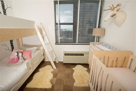 3 Kids In 1 Room Reveal Stroller In The City Bed And Crib In Same Room