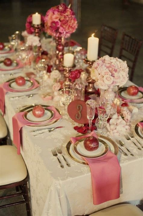 gorgeous christmas table setting dining at its best