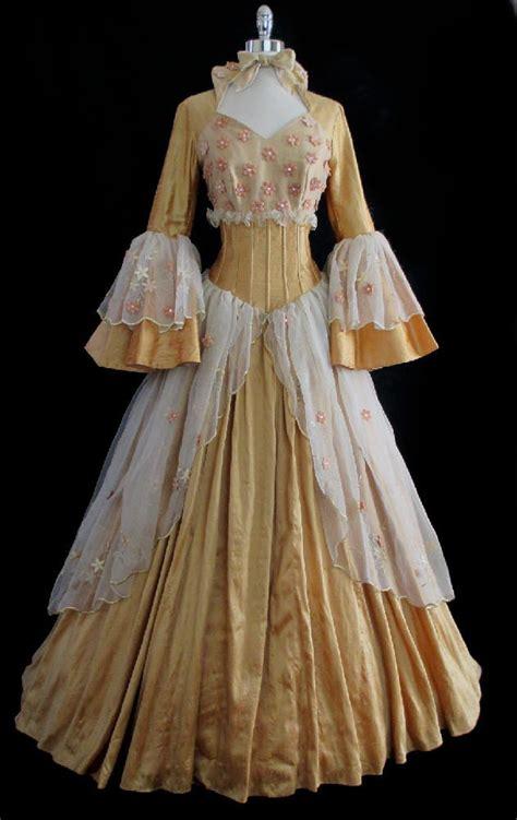 Galerry victorian era fashion
