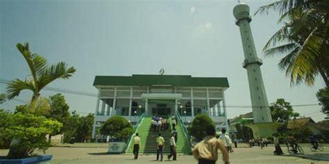 kata motivasi film negeri 5 menara lulu tobing negeri 5 menara menguji semangat