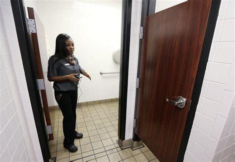 woman gives birth in bathroom baby born in bathroom of tuscumbia mcdonald s al com
