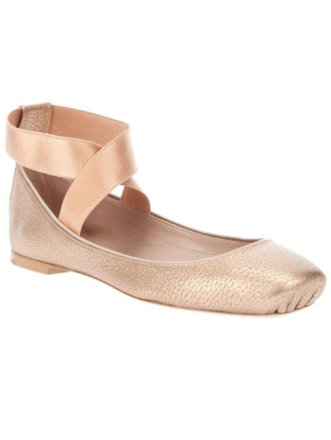 pointe shoe inspired flats pink ballet flats fashion style