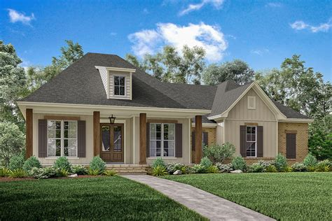 acadian style home plans 3 bedrm 1900 sq ft acadian house plan 142 1163