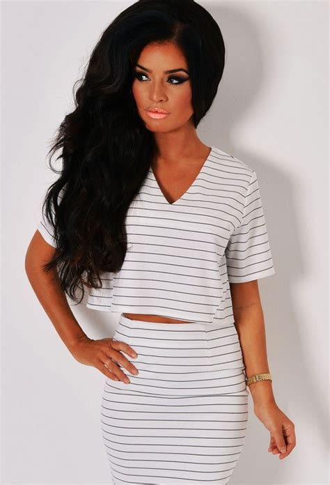 Monochrome Crop Shirt michella monochrome stripe v neck crop t shirt pink boutique
