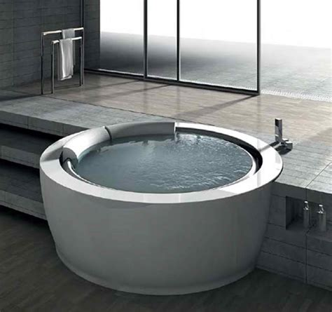 unique bathtubs unique round whirlpool bathtub is inviting