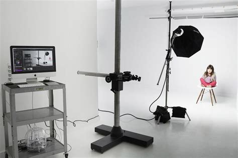 photography lighting equipment for beginners one light one wall strobe guide for beginners discover