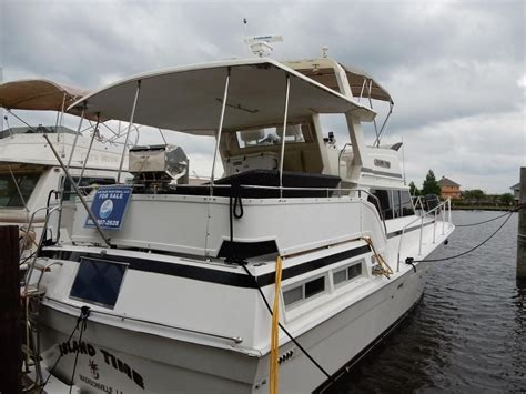 1980 viking cabin cruiser power boat for sale www