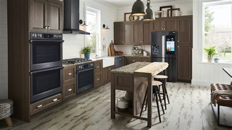 samsung unveils three new built in kitchen appliance samsung gets cooking with built in kitchen appliances