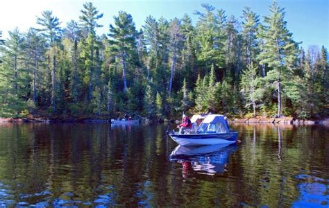 boat rental wyoming mn 26 best floating cabins houseboats images on pinterest