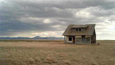 the middle of nowhere 31 beautiful tiny houses in the middle of nowhere youtube