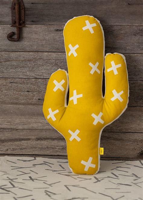 pattern bantal felt cactus cushion by salthaze on etsy c a c t u s