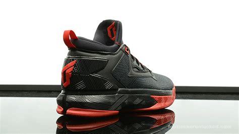foot locker adidas basketball shoes adidas d lillard 2 away foot locker