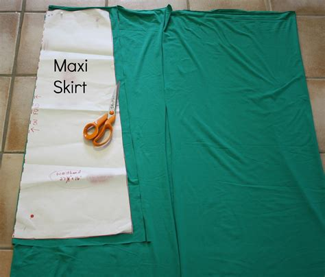 hungryhippie sews how to sew a maxi skirt in 30 minutes