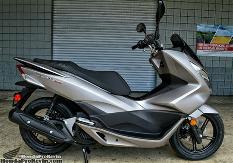 Pcx 2018 Fiyat by 2016 Honda Pcx150 Scooter Ride Review Specs Mpg
