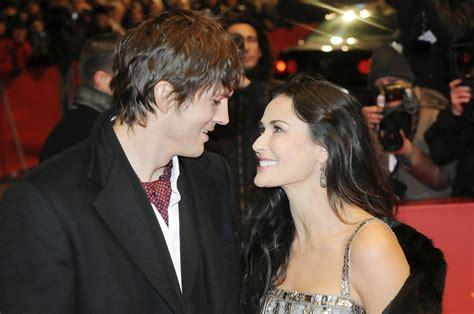 celebrity couples for publicity hot couple 16 demi moore ashton kutcher 100 hottest