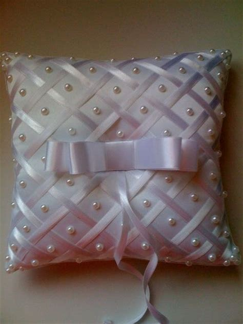 Jahitan Maleta 1 17 best images about pillow on linen pillows ring bearer pillows and cushion covers