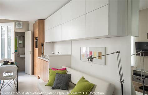canapé pour petit salon visite en 3d d un studio ultra fonctionnel d 233 coration