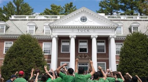 Dartmouth Mba Deadline by Tuck School Of Business Tuck360 Mba