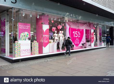 valentines day oxford uk 11th february 2016 debenhams department store