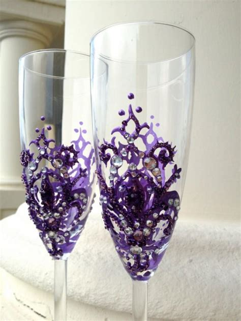 wedding champagne glasses   fleur de lis decoration