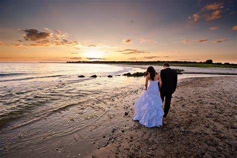 a beach wedding ft desoto park beach weddings