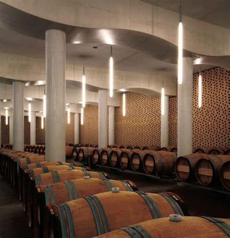 Kamus Visual Arsitektur Ed 2 ch 226 teau cheval blanc um espet 225 culo de vinho uma