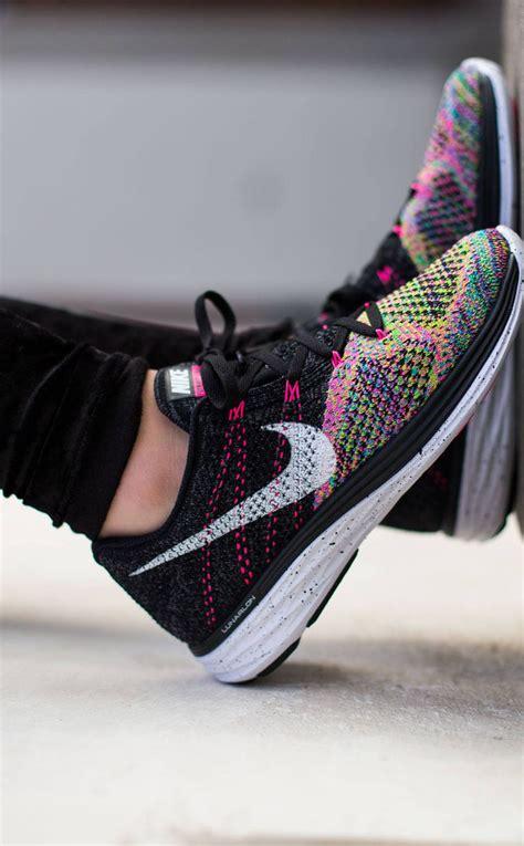 Nike Flyknit Sepatu Sneakers Fashion Murah Nike Running Sekolah nike wmns flyknit lunar 3 soletopia