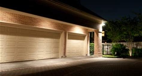 Garage Door Light by Top Tips For Security Lighting Placement Renters Alarm Wireless Home Security Systems