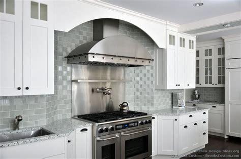 579 best images about backsplash 579 best images about backsplash ideas on kitchen backsplash stove and mosaic