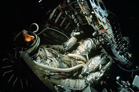 "john glenn  mercury ""friendship 7"" america in space"