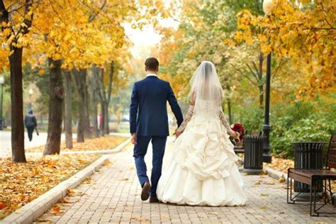 Best Locations for a Fall Wedding