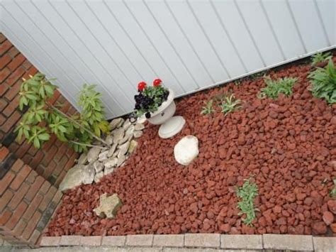 garden lava rock vigoro 0 5 cu ft decorative lava rock