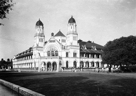 house of a thousand doors real life is horror lawang sewu the house of a thousand