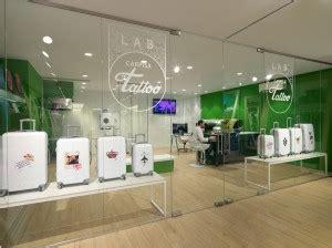 intesa sanpaolo spa sede legale galleria carpisa un negozio dove le borse sono esposte