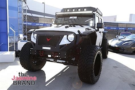 jeep rebel tyrese gibson launches voltron motors quot rebel jeep quot photos