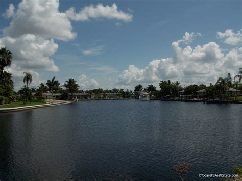 cape coral waterfront homes cape coral real estate