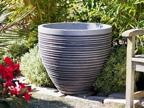 Large Outdoor Planters by Large Garden Pot Modern Patio Outdoor