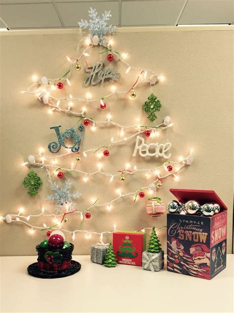 work christmas decorating ideas 17 best images about cubicle decorating on brown cubicle