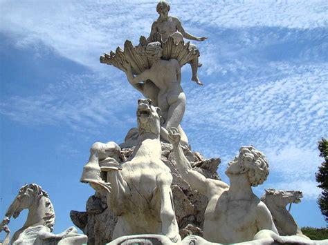 imagenes de esculturas famosas egipcias buenos aires complejo escultural las nereidas de lola