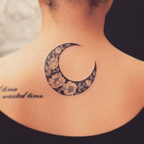 imagenes de tatuajes de lunas luna de flores tatuajes para mujeres