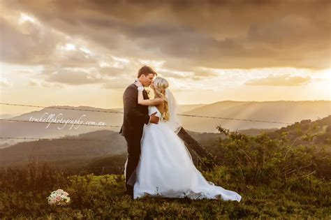 average wedding photographer cost australia maleny wedding photographer