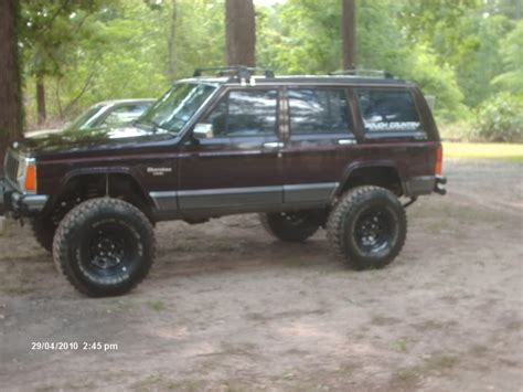 jeep maroon color burgundy maroon s look here jeep forum