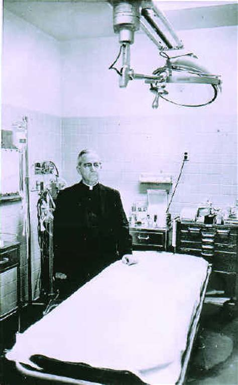 Parkland Hospital Emergency Room by Dallas Hospital Room Where Jfk Died Now Buried In Kansas