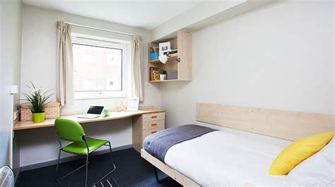 2 bedroom student accommodation liverpool classic en suite room cambridge court liverpool