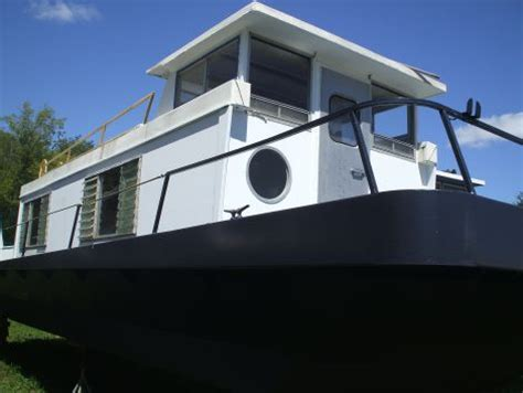 houseboats under 10000 houseboats for sale houseboats for sale by owner