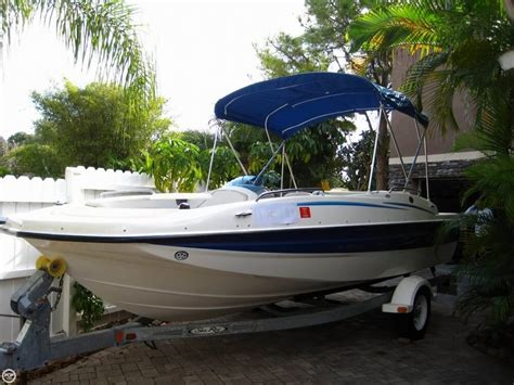 bayliner deck boat for sale uk bayliner 197 deck boat boats for sale boats