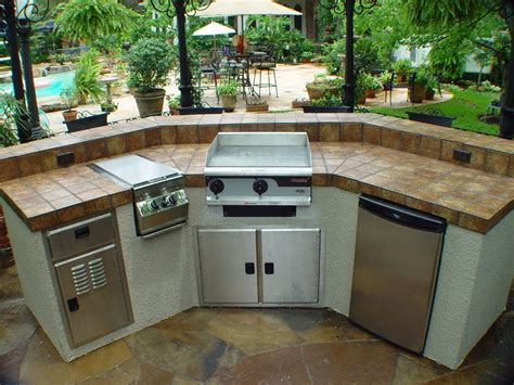 Outdoor Countertop Grills by Defiantly Putting That Hibachi Grill In Our