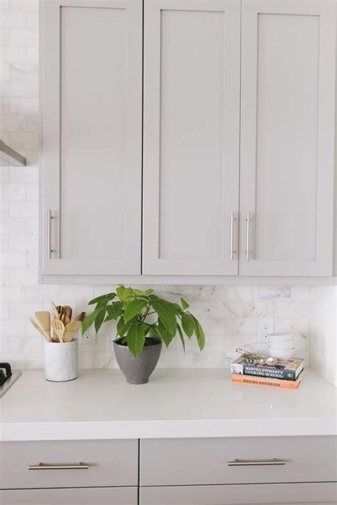 light kitchen colors best 25 light gray cabinets ideas on