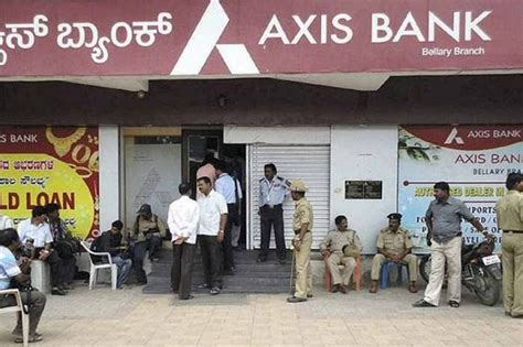axis bank employee details axis bank md says she is embarrassed conduct of